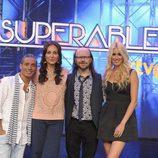 El jurado y la presentadora de 'Insuperables' posa en la presentación