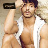 Diego Martínez seduce a la cámara para la revista Shangay