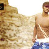 Diego Martínez enseña su espectacular cuerpo para la revista Shangay