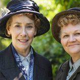Mrs.Hughes y Mrs.Patmore en las fotos promocionales de 'Downton Abbey'