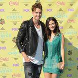 Pierson Fode y Victoria Justice en los Teen Choice Awards 2015