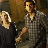 Madison Clark y Travis Manawa en 'Fear The Walking Dead'