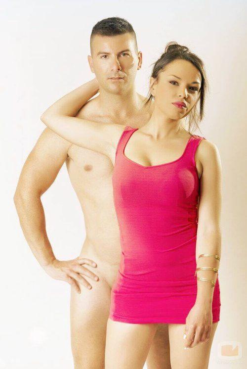 Hiba Abouk presume del desnudo de su amigo Pelayo