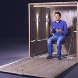 Jesus Cintora vuelve a 'En la caja' para hablar de Sanidad y Educación