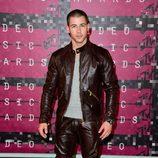 Nick Jonas en la alfombra roja de los MTV VMA 2015