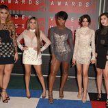 Fifth Harmony en la alfombra roja de los MTV VMA 2015