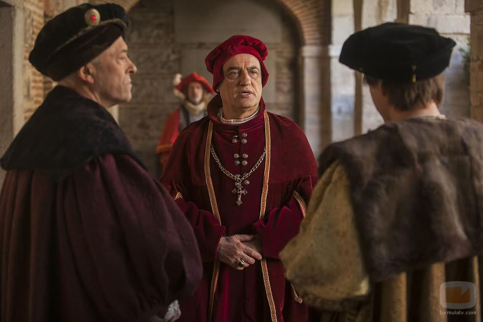 Chièvres, Adriano de Utrecht y Carlos V en 'Carlos, Rey Emperador'
