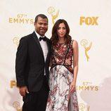 Jordan Peele y Chelsea Peretti en los Emmy 2015