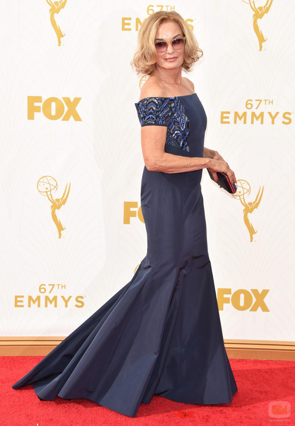 Jessica Lange en la alfombra roja de los Emmy 2015