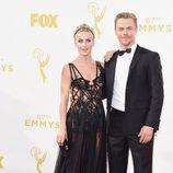 Julianne Hough y Derek Hough en los Emmys 2015
