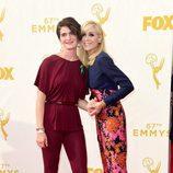 Judith Light y Gaby Hoffmann en los Emmy 2015