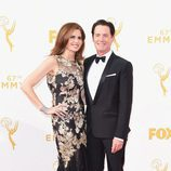 Desiree Gruber y Kyle MacLachlan en los Emmys 2015