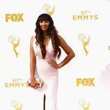 Jackie Cruz en los Emmys 2015