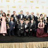 El equipo de 'Juego de Tronos' presumen juntos de sus Emmy 2015