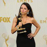 Julia Louis-Dreyfus, radiante ganadora en los Emmy 2015
