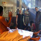 Nick y Julie sorprende a los asistentes de una fiesta sangrienta en 'CSI: Las Vegas'