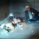 Russell intenta defender a un joven tiroteado en pleno secuestro en 'CSI: Las Vegas'