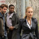 Chloe investiga el ataque de los lobos a la cárcel en 'Zoo'