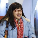 Betty Suarez sonriente en 'Ugly Betty'