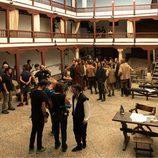El equipo al completo rodando los nuevos episodios de 'El Ministerio del Tiempo'