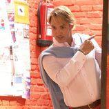 Ismael Beiro es el antiguo novio gótico de Petra pero muy cambiado con el paso de los años en 'Gym Tony'