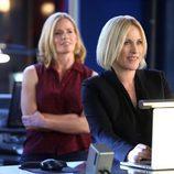 Avery Ryan trabajando junto a Julie Finlay en 'CSI: Las Vegas'