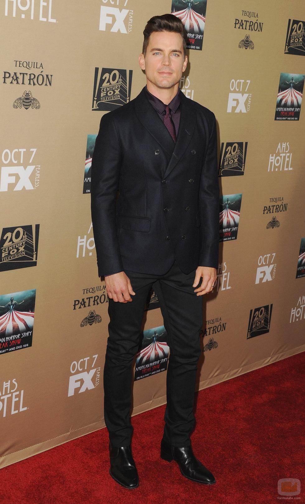 Matt Bomer posa en la premiere de 'AHS: Hotel'