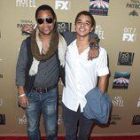 Cuba Gooding Jr. y su hijo, Spencer, en la premiere de 'AHS: Hotel'