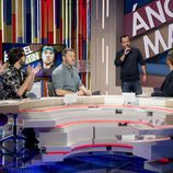 El equipo de 'Zapeando' recibe entre aplausos la visita de Ángel Martín