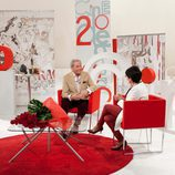 Arturo Fernández y Concha Velasco charlando juntos en el plató de 'Cine de barrio'