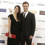 Christian Gálvez y Almudena Cid en la alfombra de los Premios Iris 2015