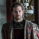 Carlos de Austria con rostro muy serio en 'Carlos, Rey Emperador'