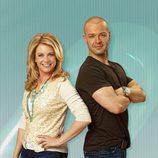 Los protagonistas de la serie posan en 'Melisa y Joey'