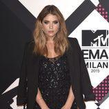 La actriz Ashley Benson en los premios 'MTV EMAs 2015'