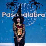 Andrea Duro disfrazada de bruja en el especial de Halloween de 'Pasapalabra'