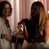 Marta toma café tranquilamente en 'Mar de plástico'
