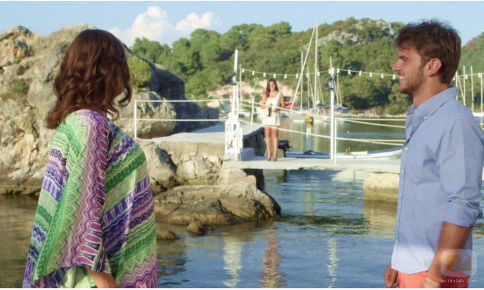 Edoardo y la presentadora de 'Adán y Eva' esperando la llegada de Iolanda