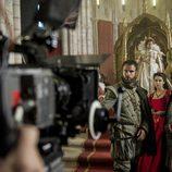 Los actores principales de 'La española inglesa' recrean la Corte Real