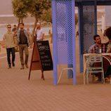 Salva, Sergio,Fernando y Mar asustan a Fara y a Lucas en 'Mar de plástico'