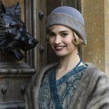 Lady Rose MacClare en el último capítulo de 'Downton Abbey'