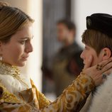 Isabel de Portugal con su hijo en el capítulo especial de 'Carlos, Rey Emperador'