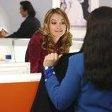 La actriz Becki Newton en el episodio
