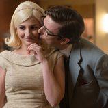 Valentin besa a Patricia en 'Velvet'