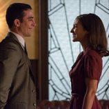 Ana y Alberto sonríen en las galerías 'Velvet'