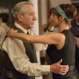 Emilio baila en la fiesta de las galerías 'Velvet'