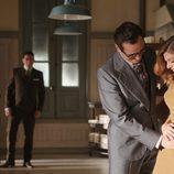 Raúl toca la tripa de Cristina en 'Velvet'