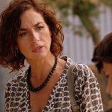 Marta habla con su hijo en 'Mar de plástico'