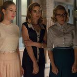 Rita, Clara y Lucía se esconden en 'Velvet'