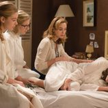 Rita, Clara y Lucía animan a Ana en 'Velvet'
