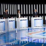 Íñigo Errejón luce el lazo naranja en el debate de La 1